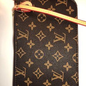 Louis Vuitton Pouchette New 🎀